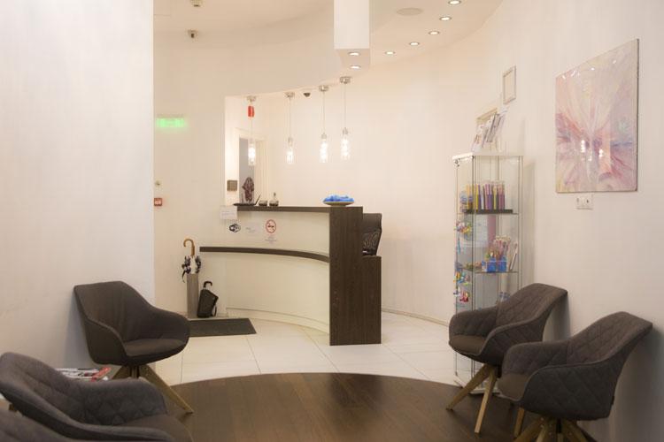 implant dentaire hongrie dr mercz. Black Bedroom Furniture Sets. Home Design Ideas